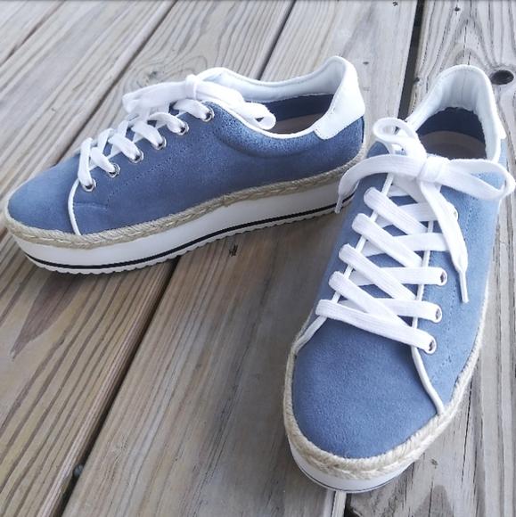 Steve Madden Shoes   Nwot Rule Platform